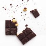 Schokolade mit Haselnüssen